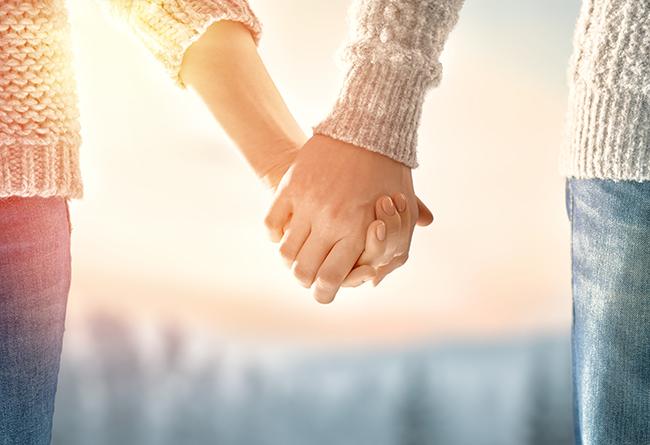 couples-hands-interlocked