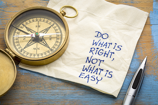 do-what-is-right-not-what-is-easy-written-on-napkin
